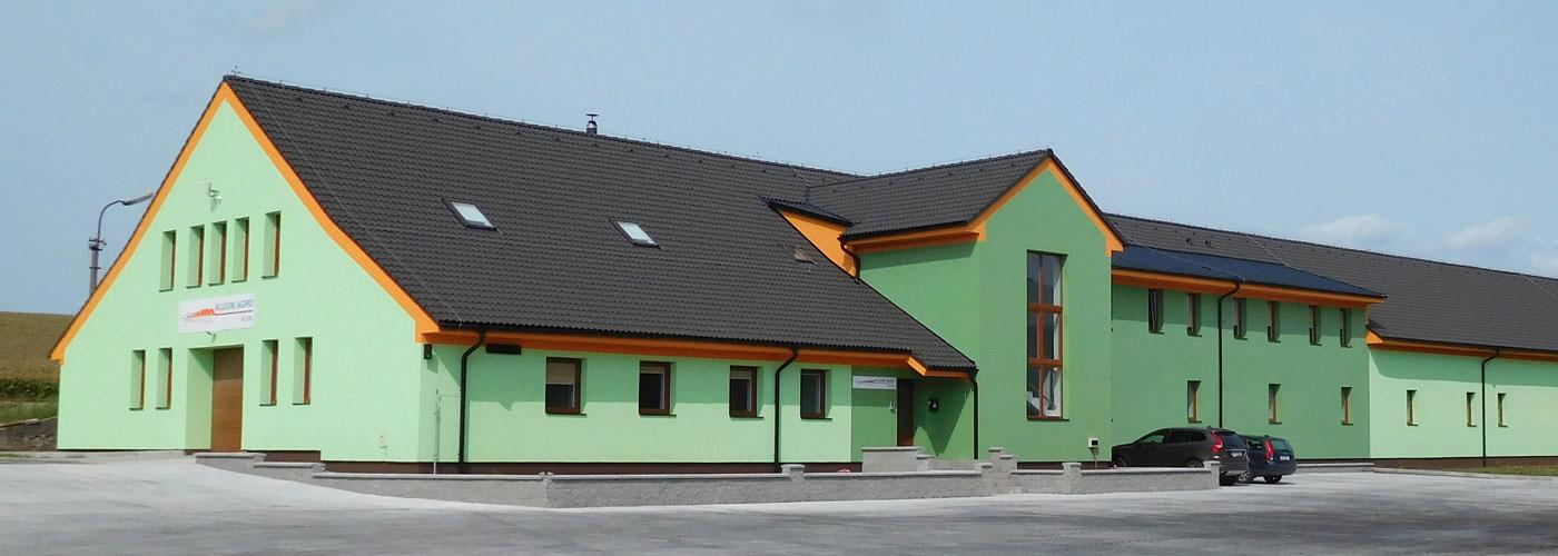 Moderní středisko v Močovicích